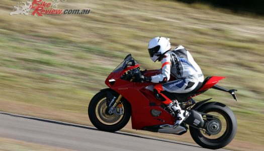 Video Review: 2018 Ducati Panigale V4 S