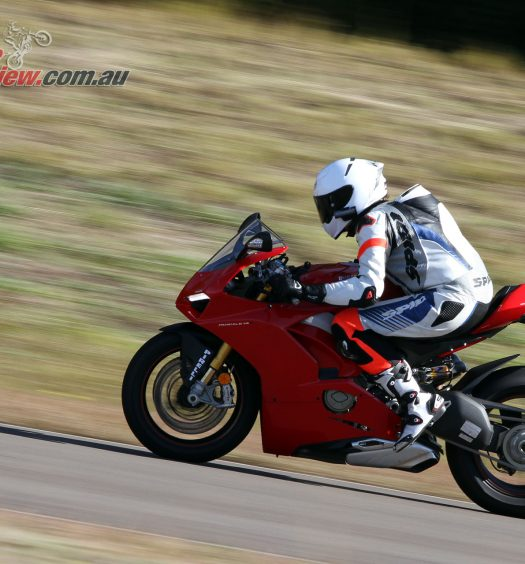 2018-Ducati-Panigale-V4-S-Bike-Review-1762