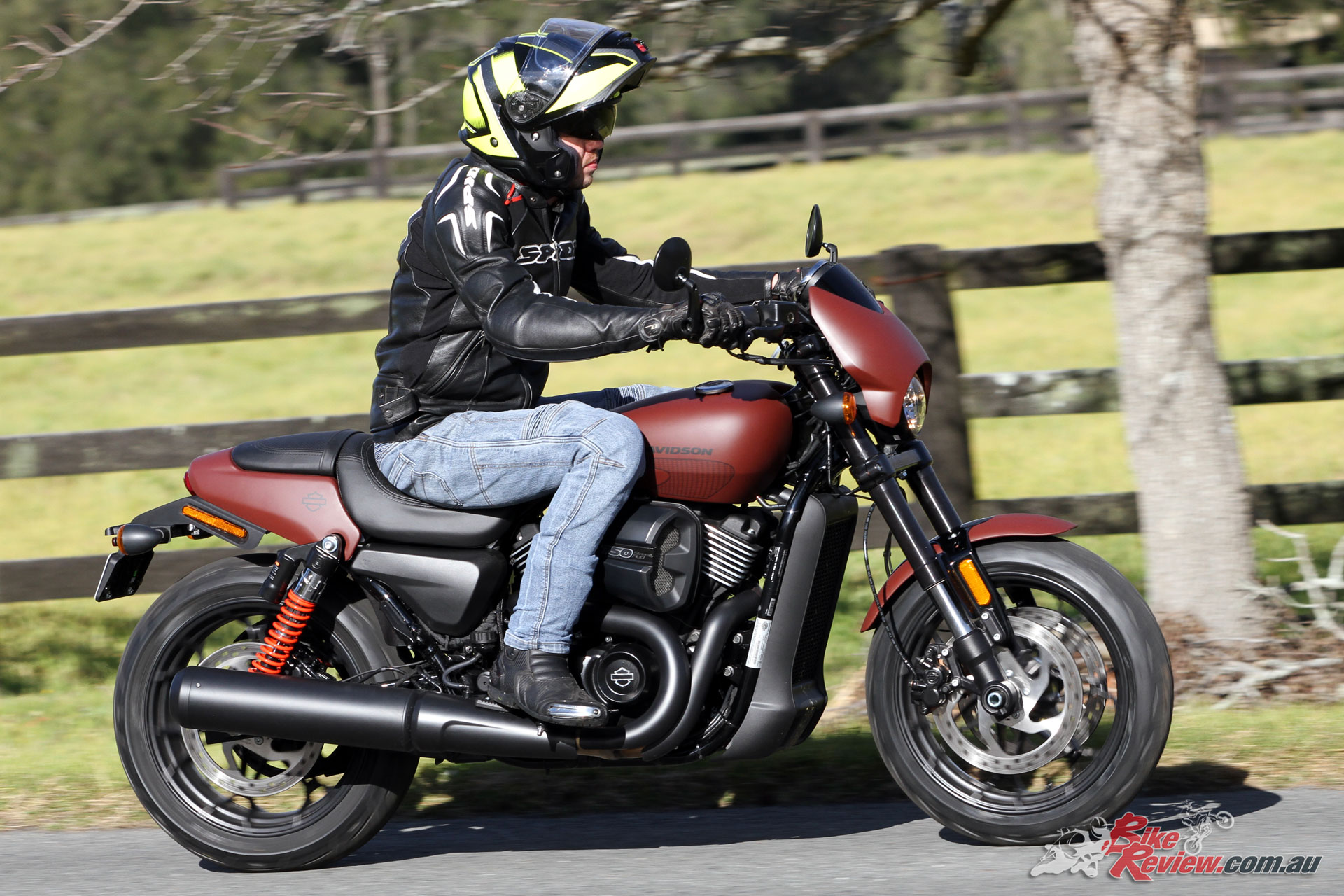 The Street Rod's HO Revolution X offers a fair bit more bite to go with its bark, with a livelier throttle connection and a little bit of a raw edge.