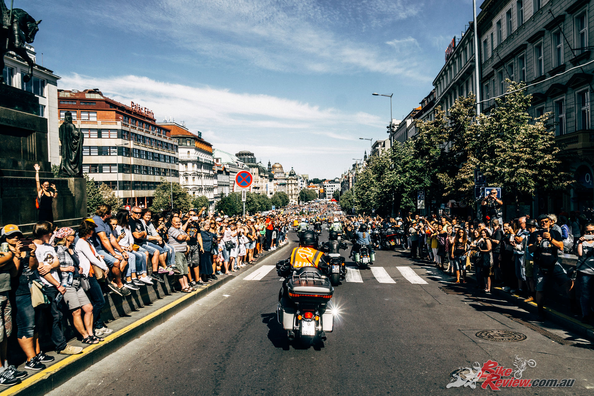 Harley Davidson Parade: Harley Celebrates 115th Anniversary With Prague Party