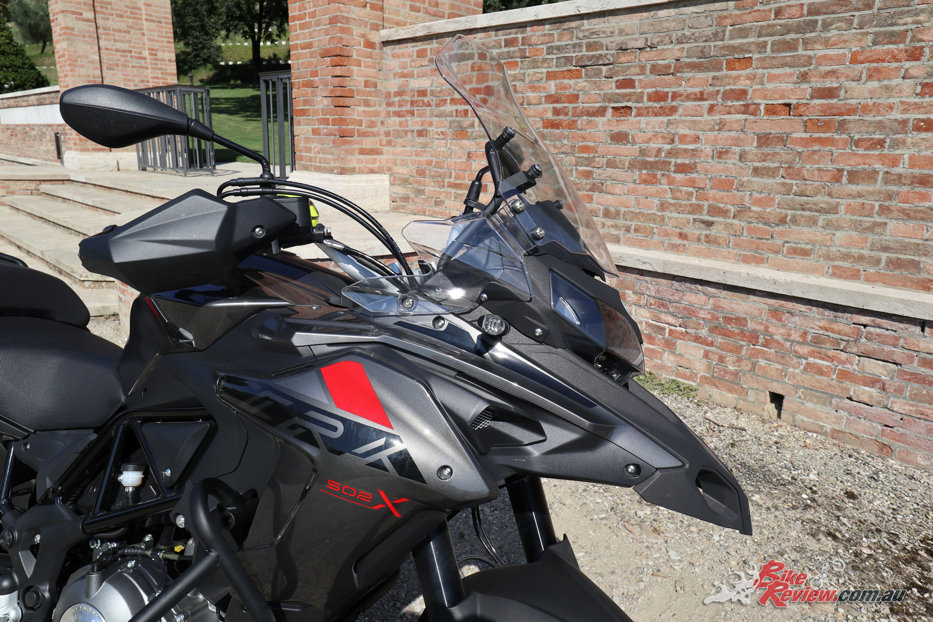 2018 Benelli TRK 502X - The bike really looks the business with a sporty front end and great overall styling.