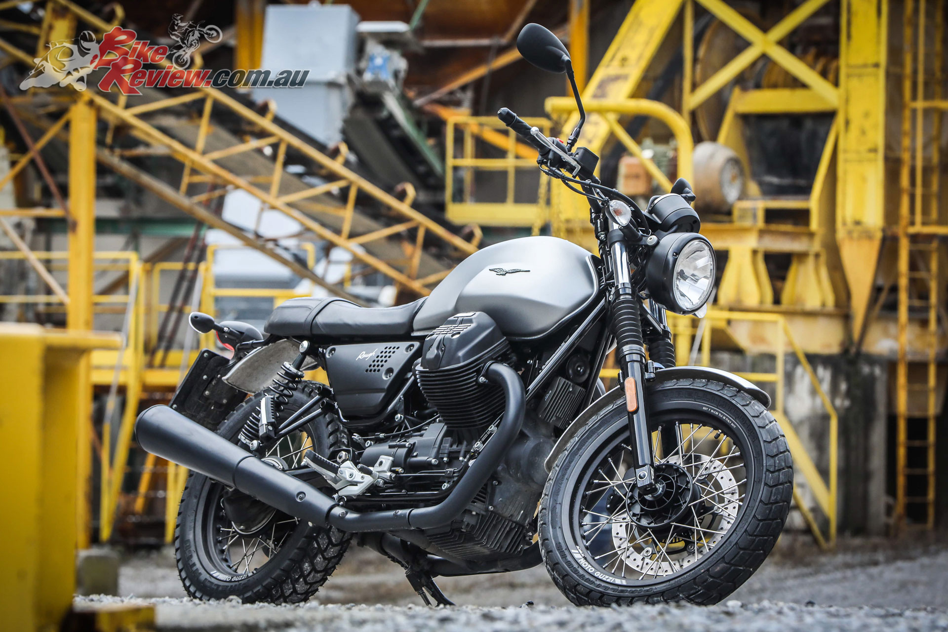moto guzzi v7 iii limited edition range bike review. Black Bedroom Furniture Sets. Home Design Ideas
