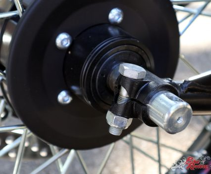 Ural Ranger - 12mm front axle with pinch bolt