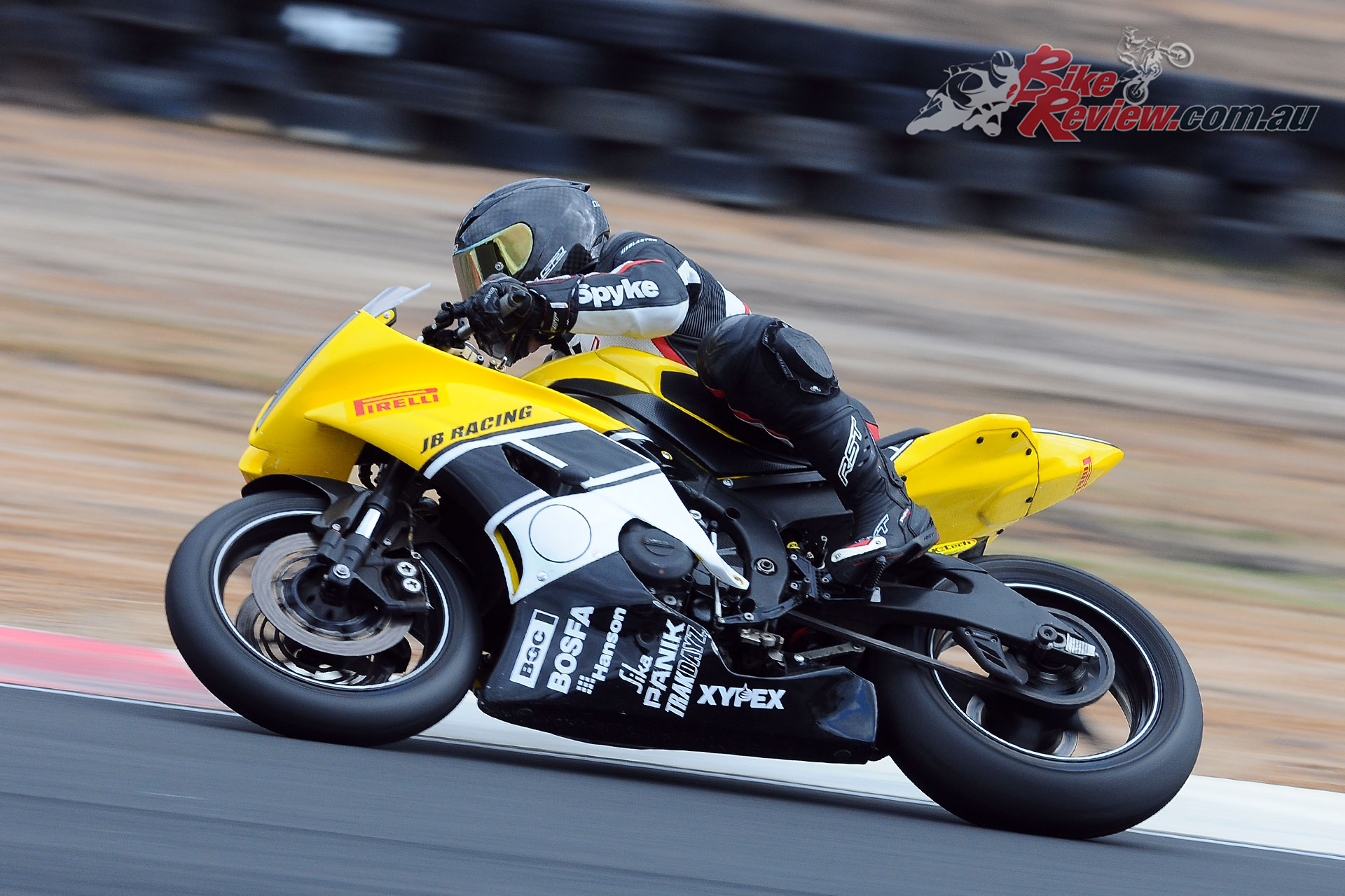 Leigh Boujos (JB Racing Yamaha R6) proved unbeatable in Supersport