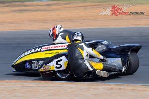 Murray Stronach/Steve Marshall (Aceman Enterprises Suzuki 1000)