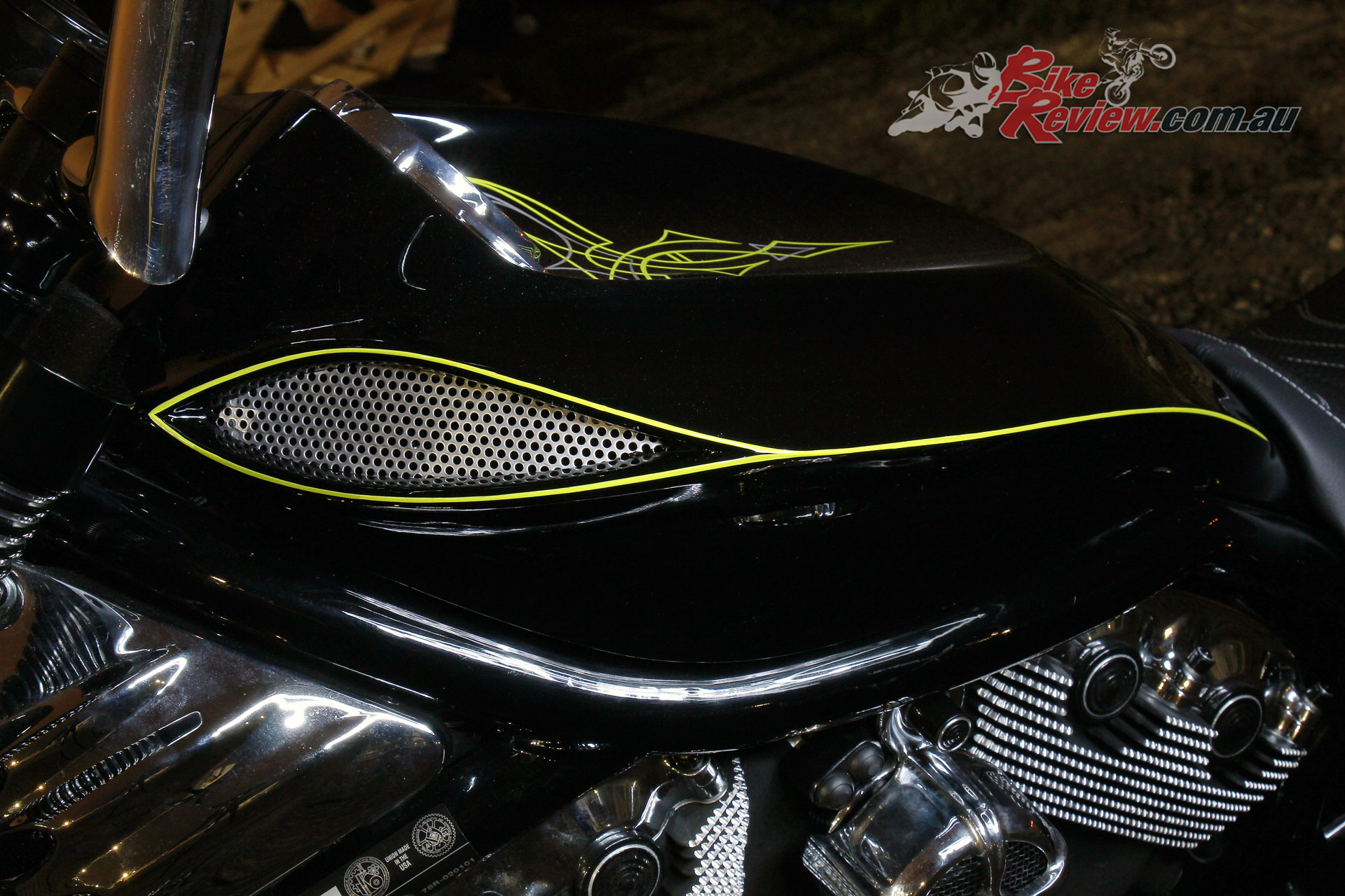 Pega Custom Cycles Eruption V-Rod - PCC tank lid