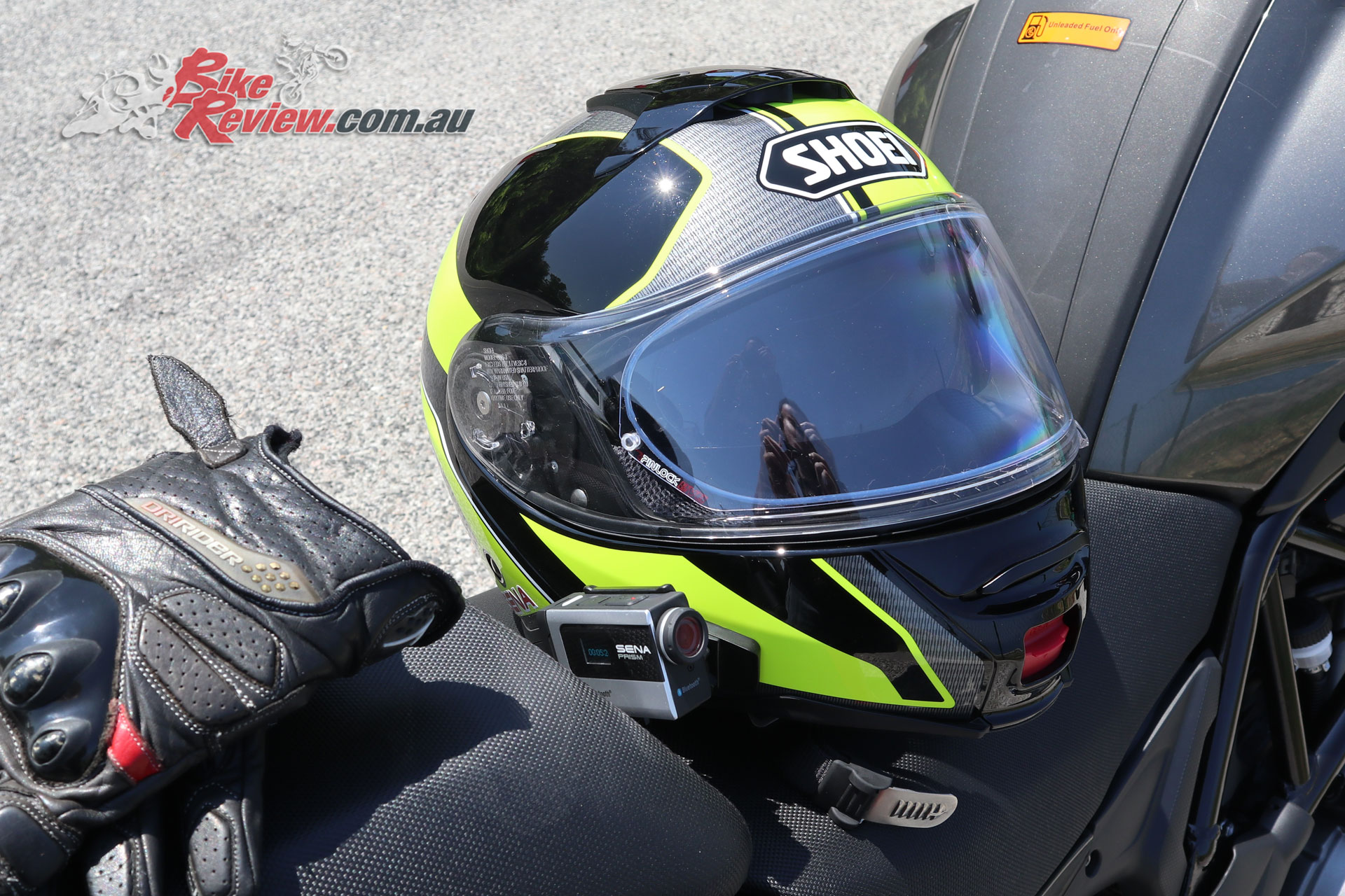I took my Shoei Neotec II over to Italy for the Benelli TRK 502X launch and used it along with the Sena Prism, with the Sena SRL allowing for easy control of the camera, as I didn't need music or radio, or the comms system at the time.