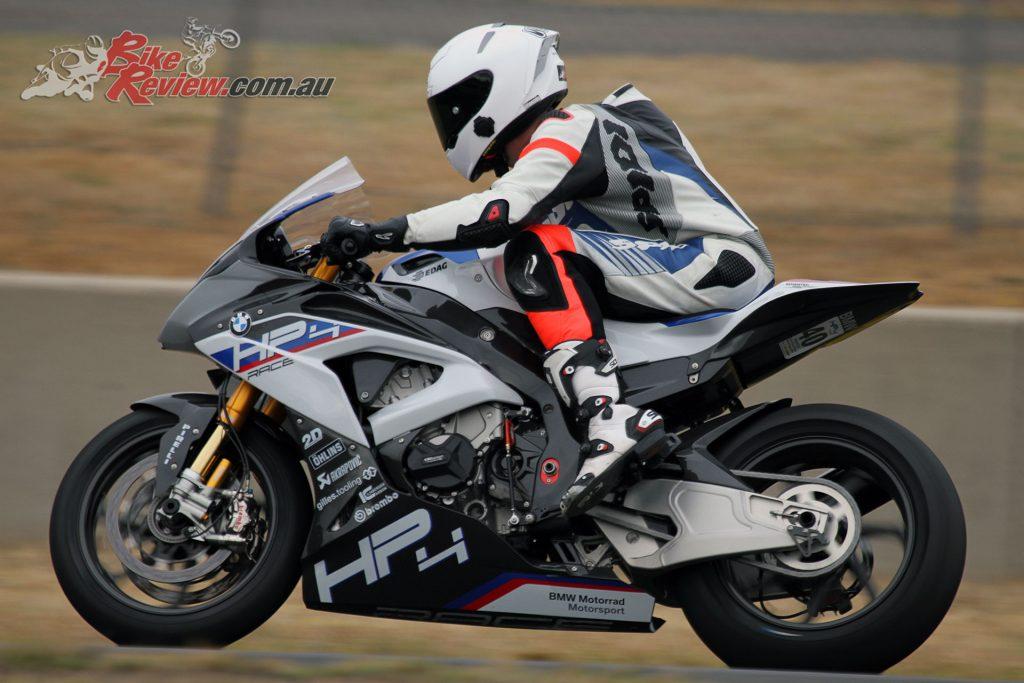 2018-BMW-Motorrad-HP4-Race-8072