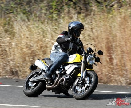 2018-Ducati-Scrambler-1100-Bike-Review-9311