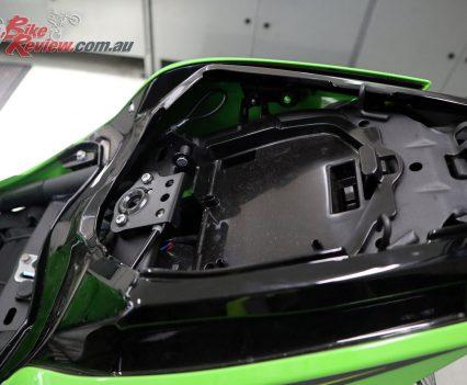 Fitting the Kawasaki Ninja 400 Seat Cowl