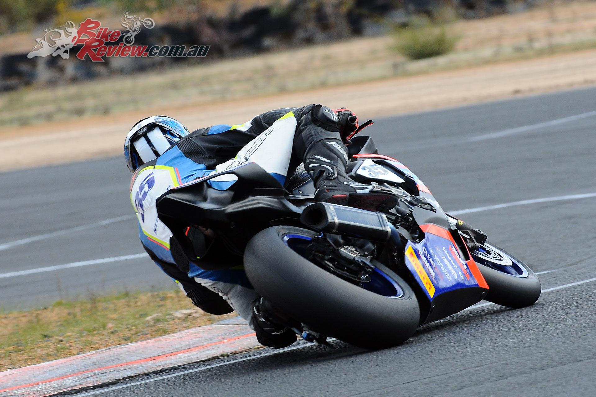 Ben Stronach (VRT Signs Yamaha R1)