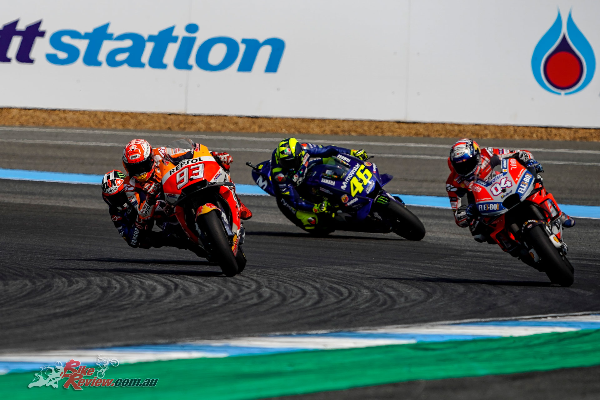 Marquez and Dovizioso duke it out in Thailand