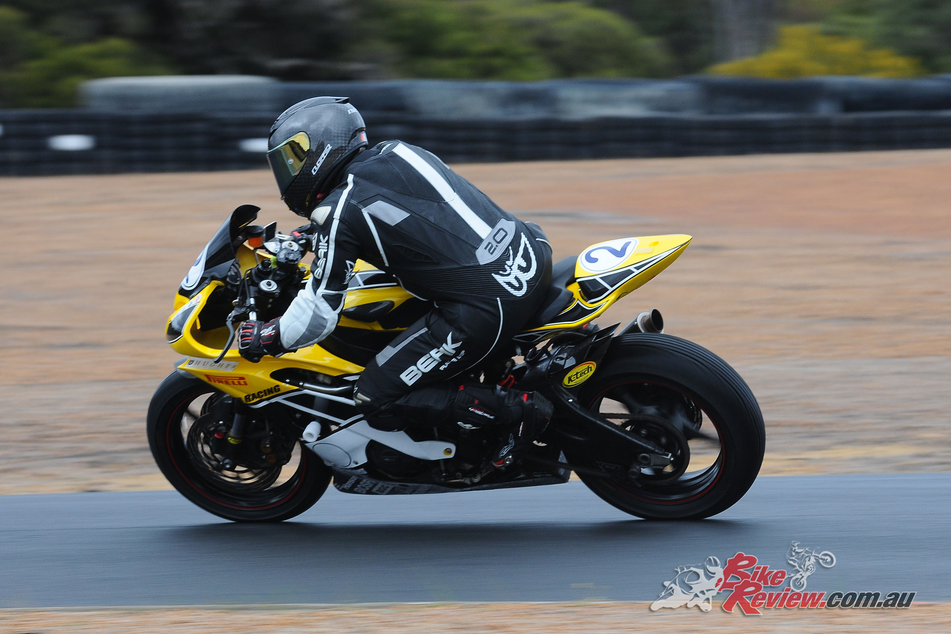 Leigh Boujos claimed the Supersport title, despite a mix-up which prevented him lining up on the grid in one race - WA State RR Championship - Round 4, 2018