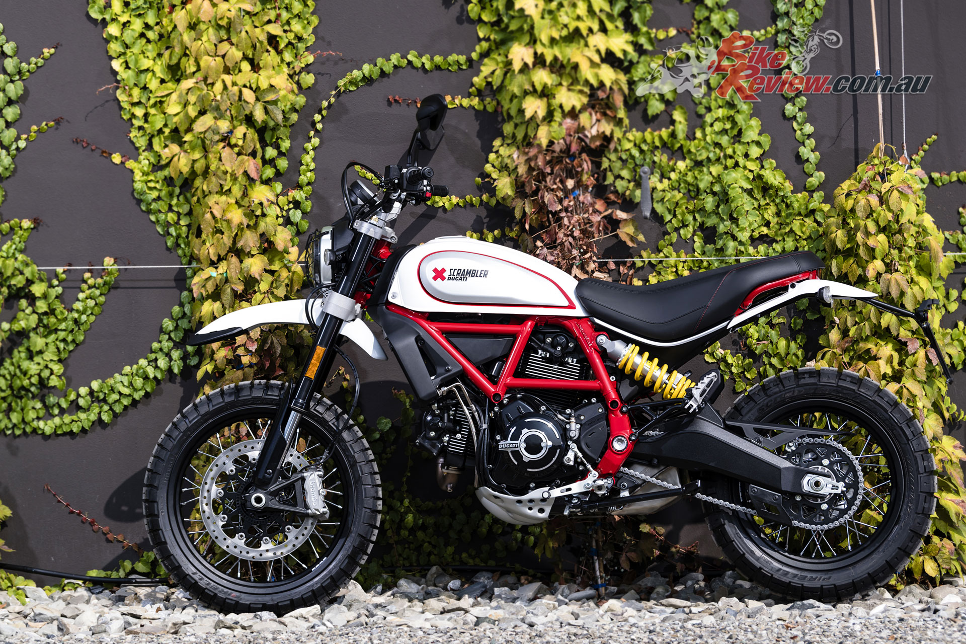 model update 2019 ducati scramblers bike review. Black Bedroom Furniture Sets. Home Design Ideas