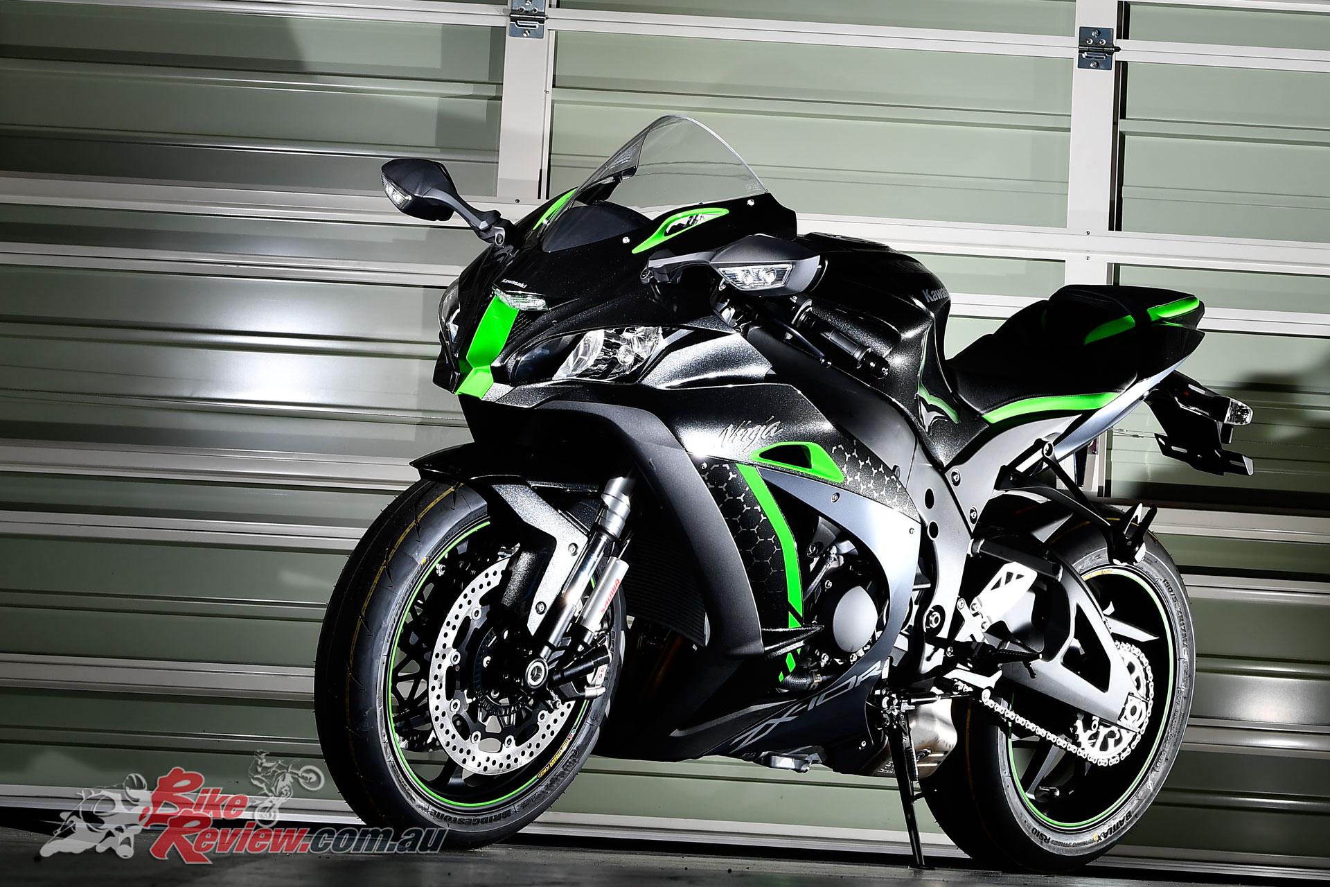 Model Update: 2019 Kawasaki Ninja ZX-10R, ZX-10RR, ZX-10R SE - Bike