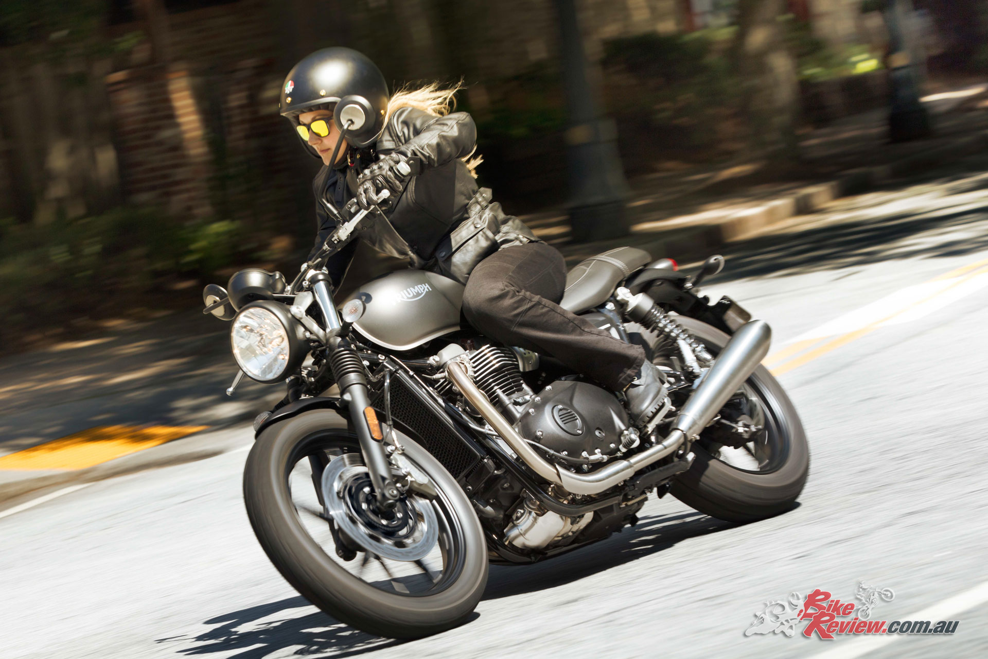 model update 2019 triumph street twin bike review. Black Bedroom Furniture Sets. Home Design Ideas