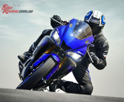 2019-Yamaha-YZF-R3-LAMS-Bike-Review-30
