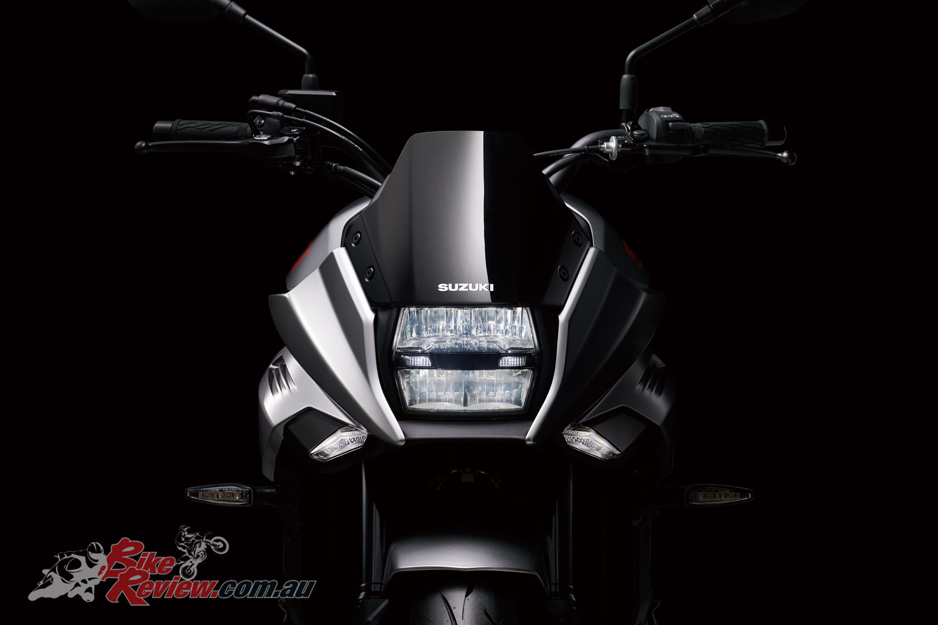 No pop up headlight from the later 750 Katana but the front does look futuristic yet familiar.