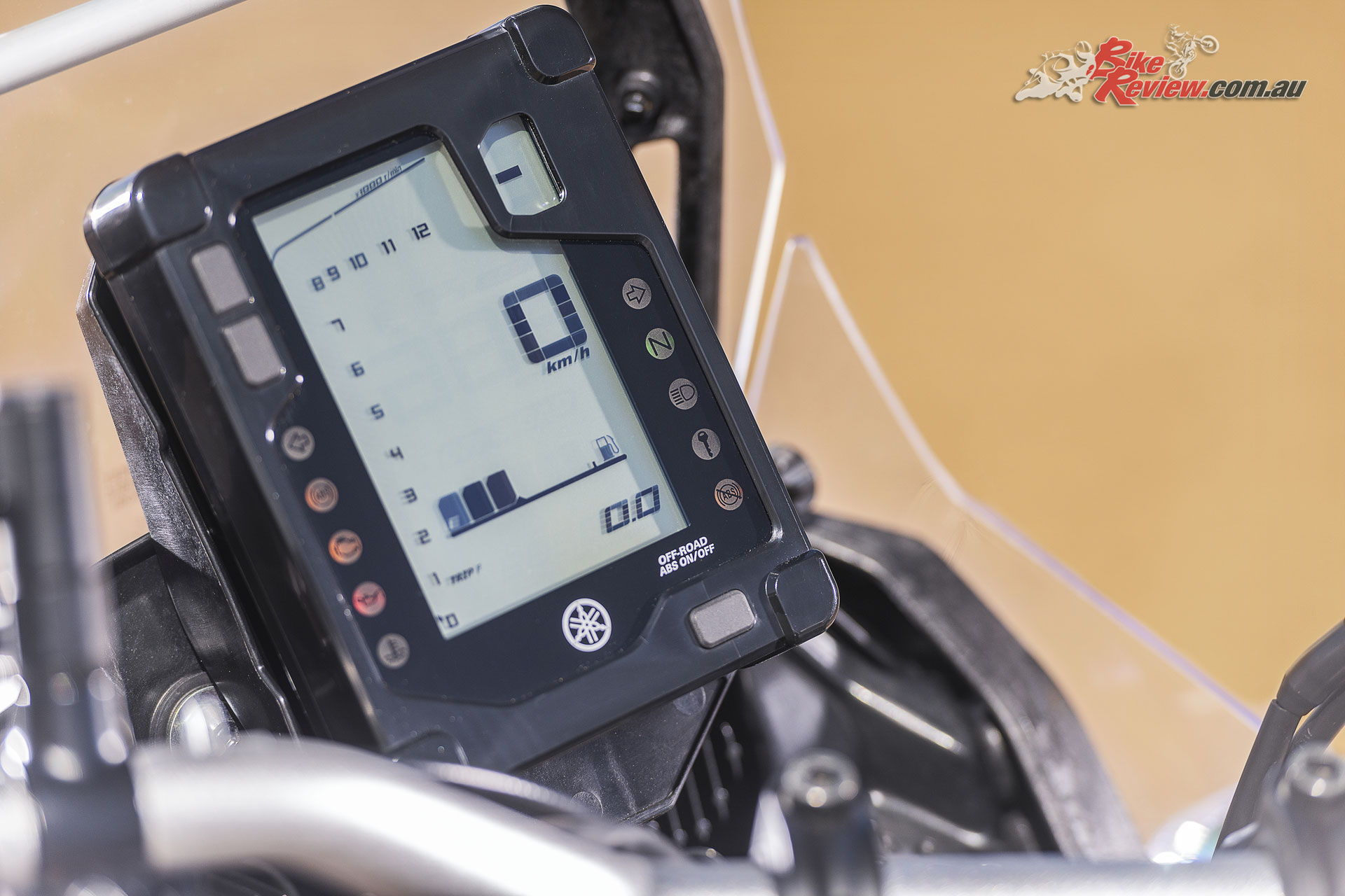 2019 Yamaha Tenere 700 - Rally style instrumentation is easy to read