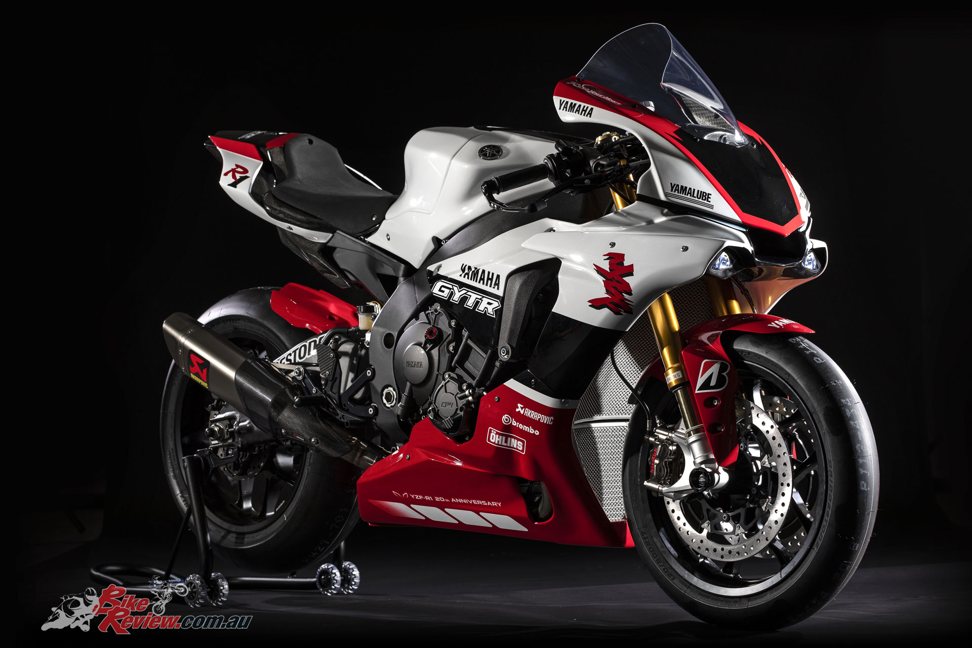 special edition 2019 yamaha yzf r1 gytr bike review. Black Bedroom Furniture Sets. Home Design Ideas
