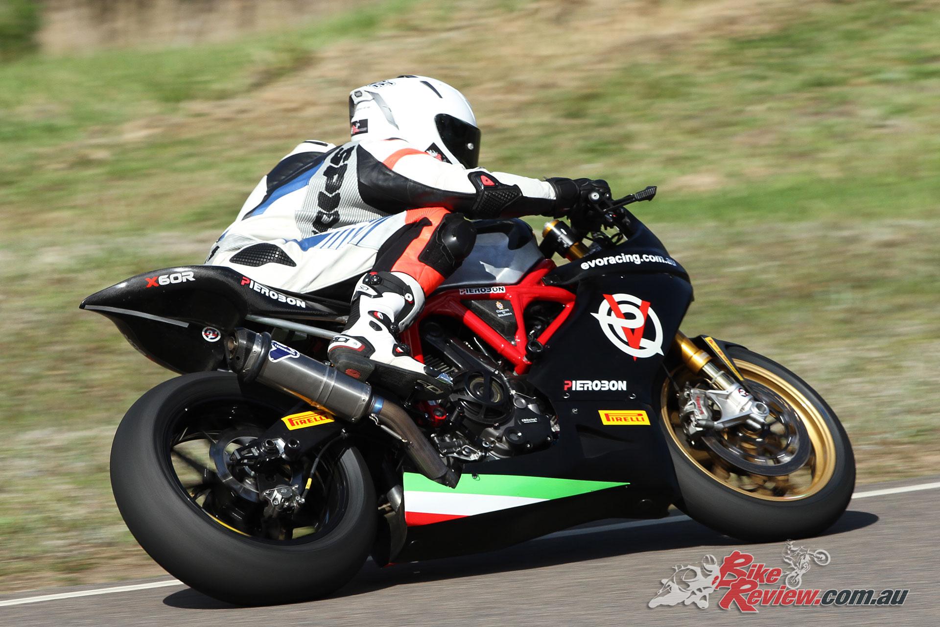 EVO-Racing-Pierobon-Ducati-X60R-Racer-4334