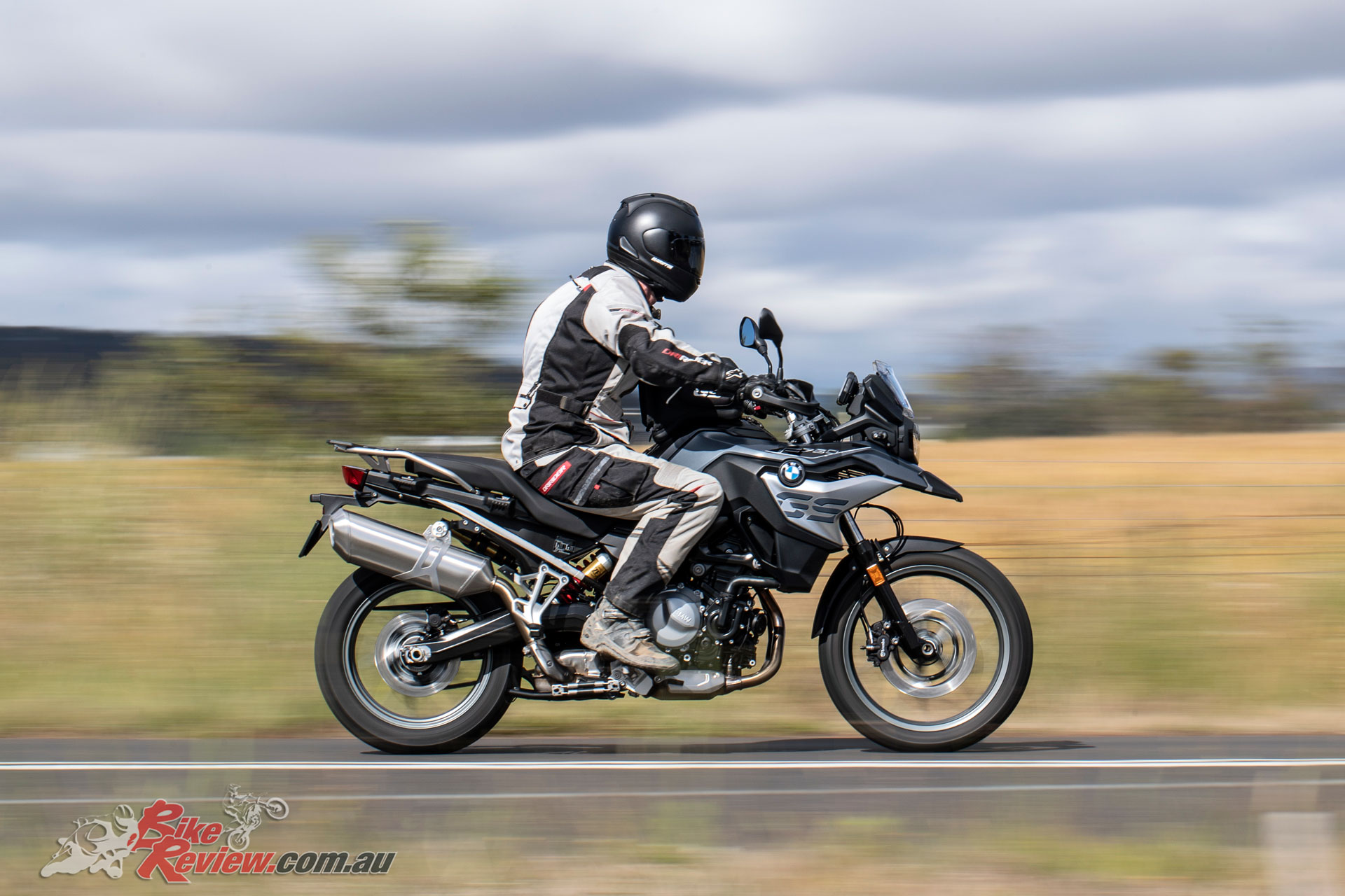 BMW's 2019 F 750 GS offers a more road orientated version, with less power and a lower seat height
