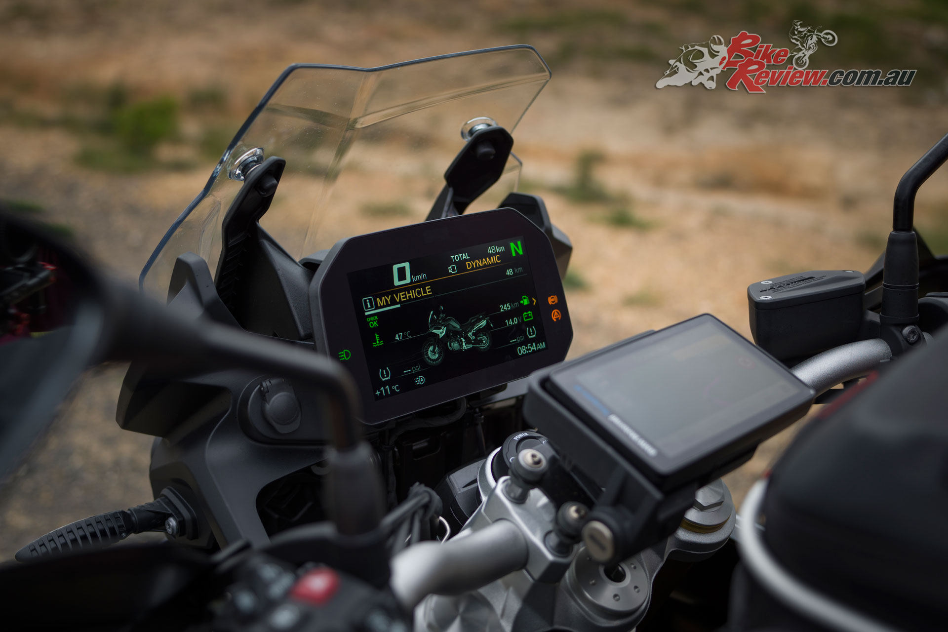 A high quality TFT dash offers cutting edge technology on the 2019 F 850 GS
