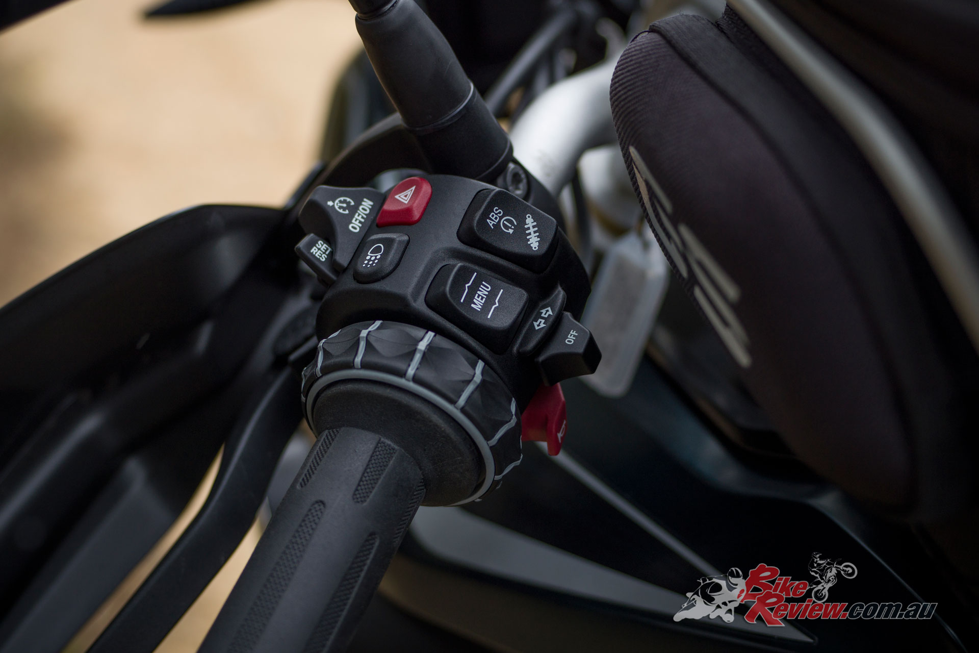 2019 BMW F 850 GS - well thought out, easy to use switchgear that is great quality.