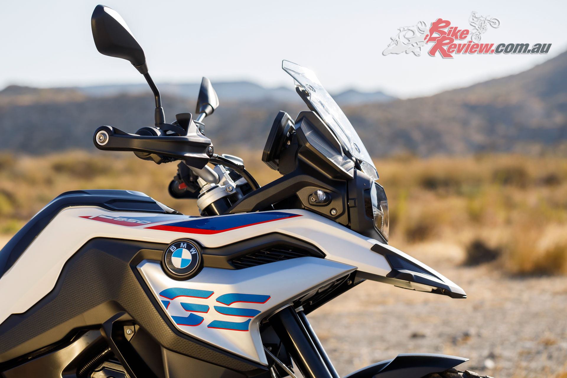 Styling for the 2019 BMW F 850 GS is a standout particularly with beefy semi-knobby tyres