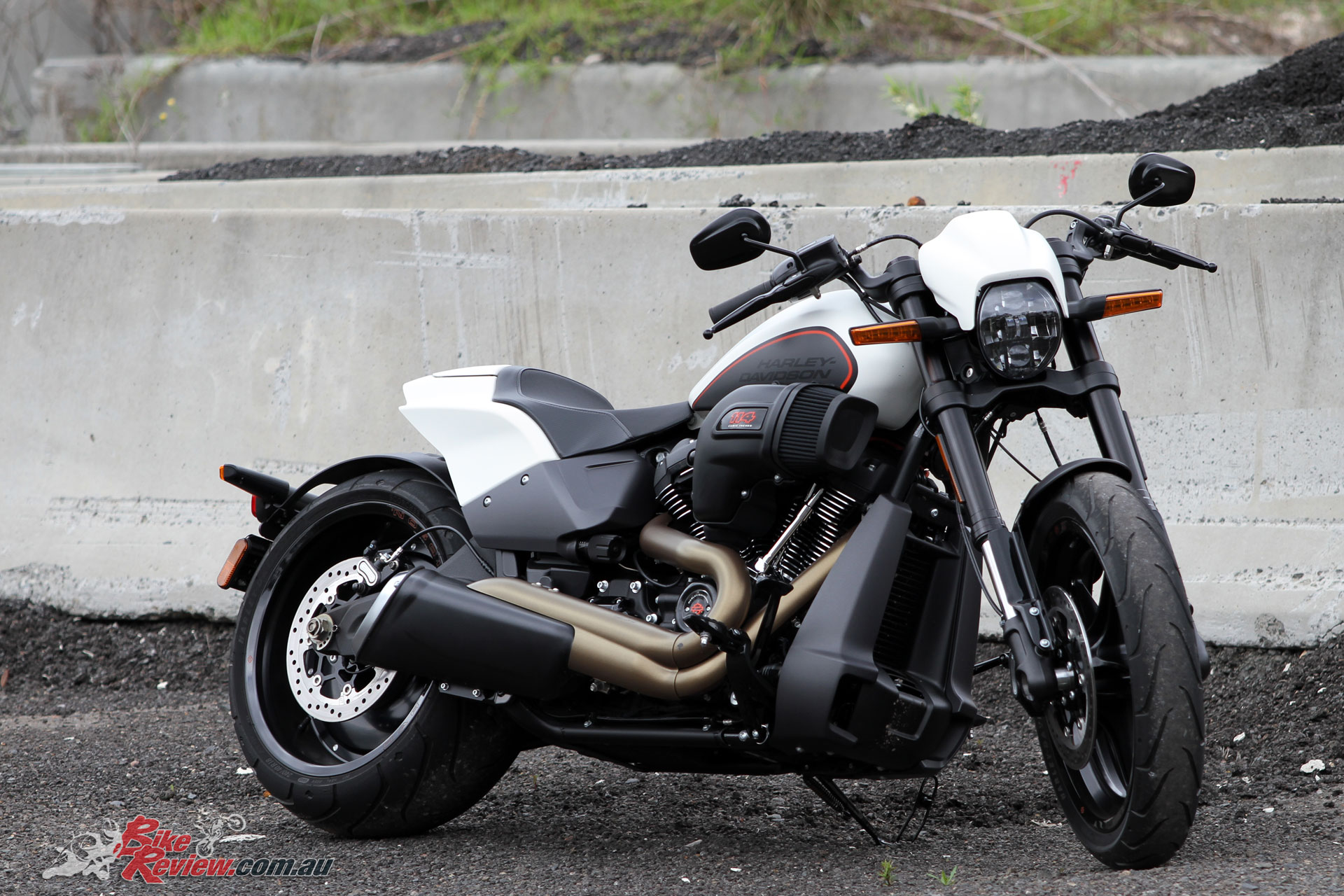 The 2019 Harley-Davidson FXDR is lean and mean with typically high build quality and attention to detail