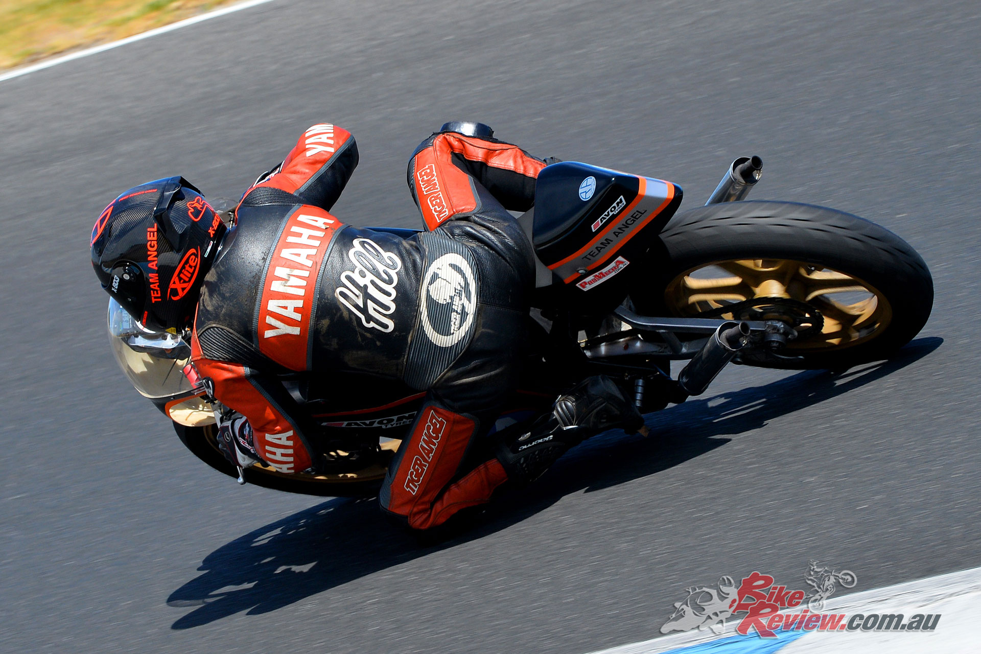 Lachlan Hill on the Yamaha TZ 350 - Image by Russell Colvin