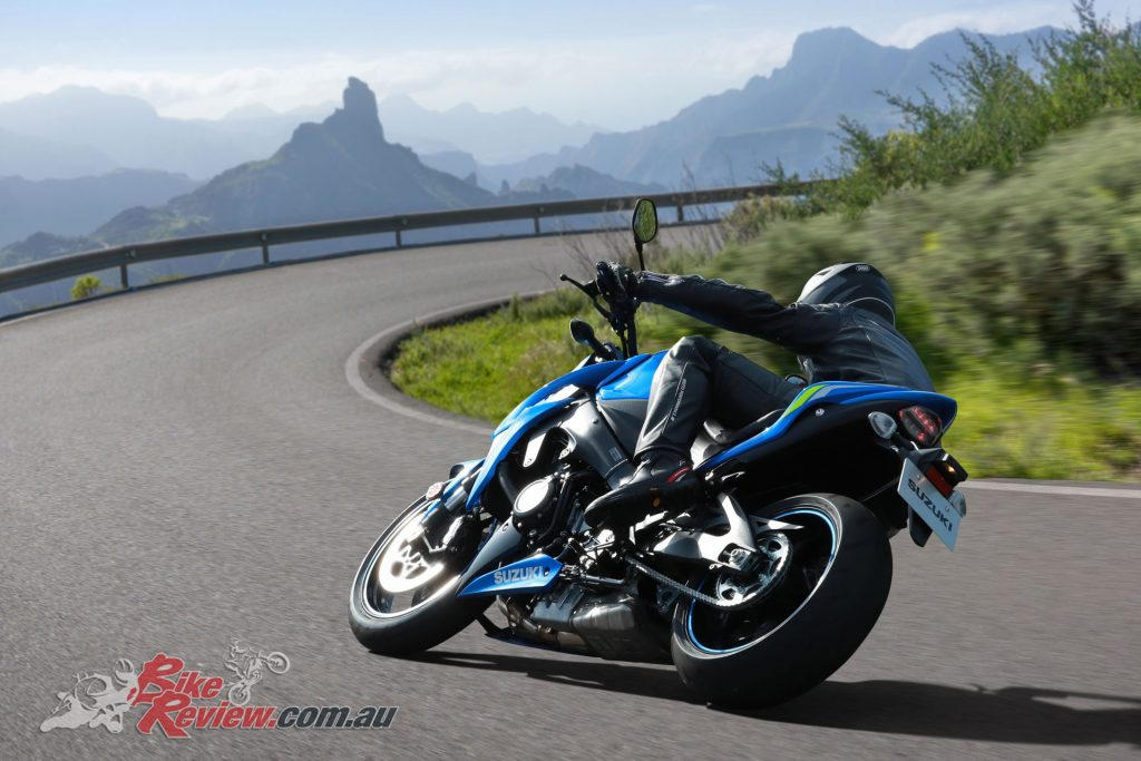 The GSX-S1000 carries an enhanced version of the K5 GSX-R1000 engine!