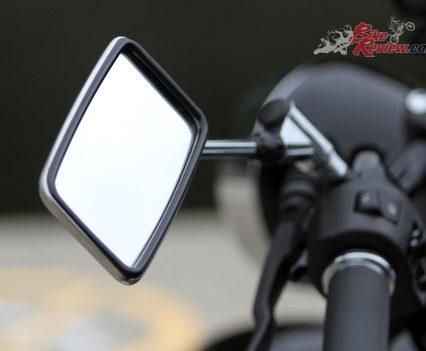 2019 Yamaha V-Star 650 Custom (XVS650) mirror