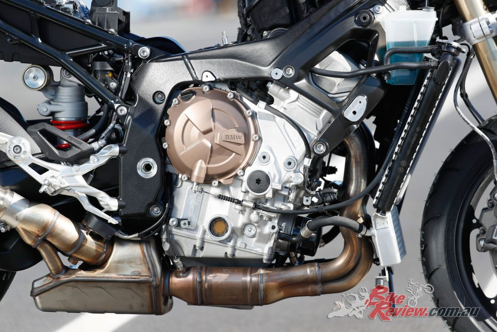 2019 BMW S 1000 RR engine