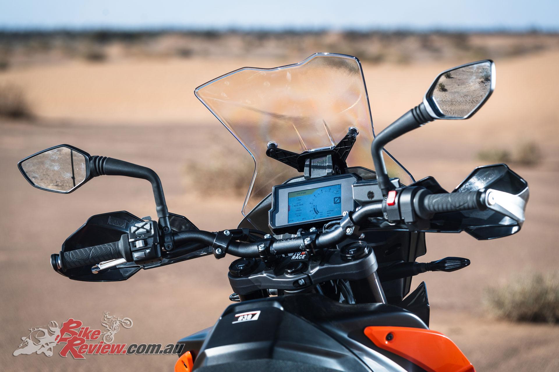 2019 KTM 790 Adventure dash and controls