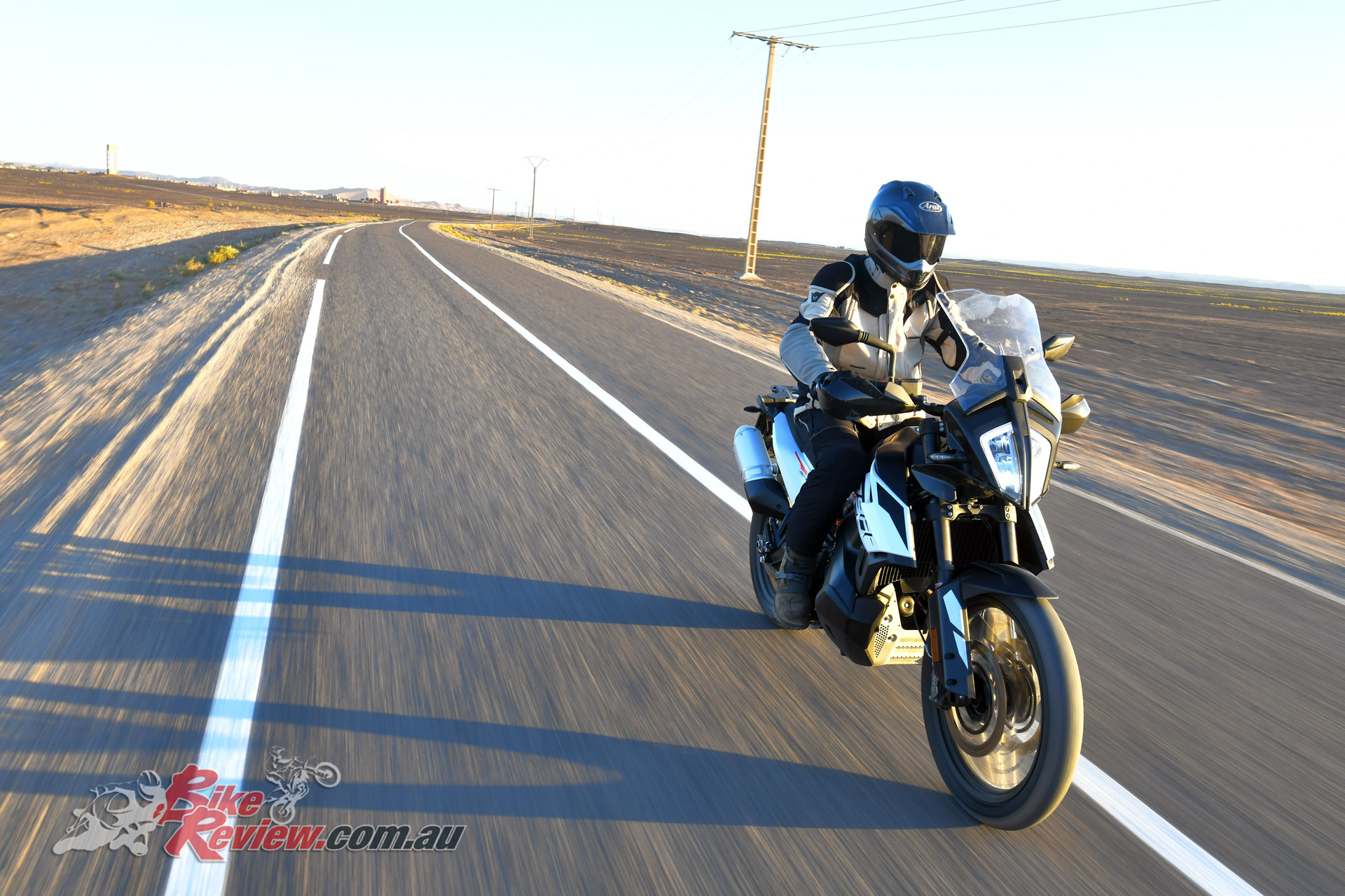 Cruising at 130-140km/h on the open road offers stable and effortless travel on the 790 Adventure