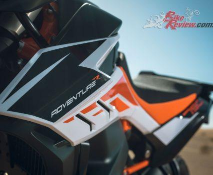2019 KTM 790 Adventure R body panel