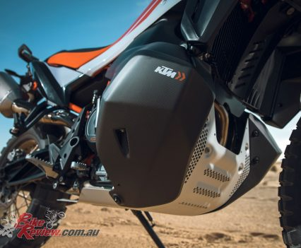 2019 KTM 790 Adventure R - A bigger capacity radiator guard is fitted