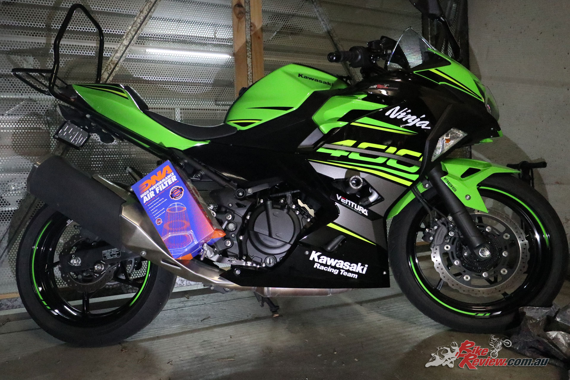 Our Project Ninja 400 fitted with the DNA airfilter!