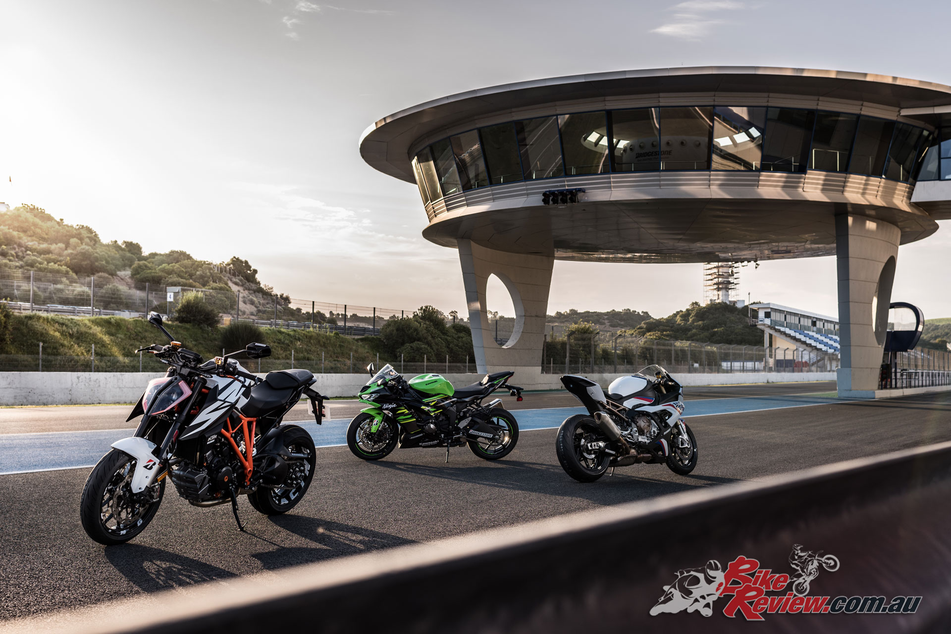 Pommie head over to Jerez for a whirlwind test of the new Bridgestone Battlax Hypersport S22