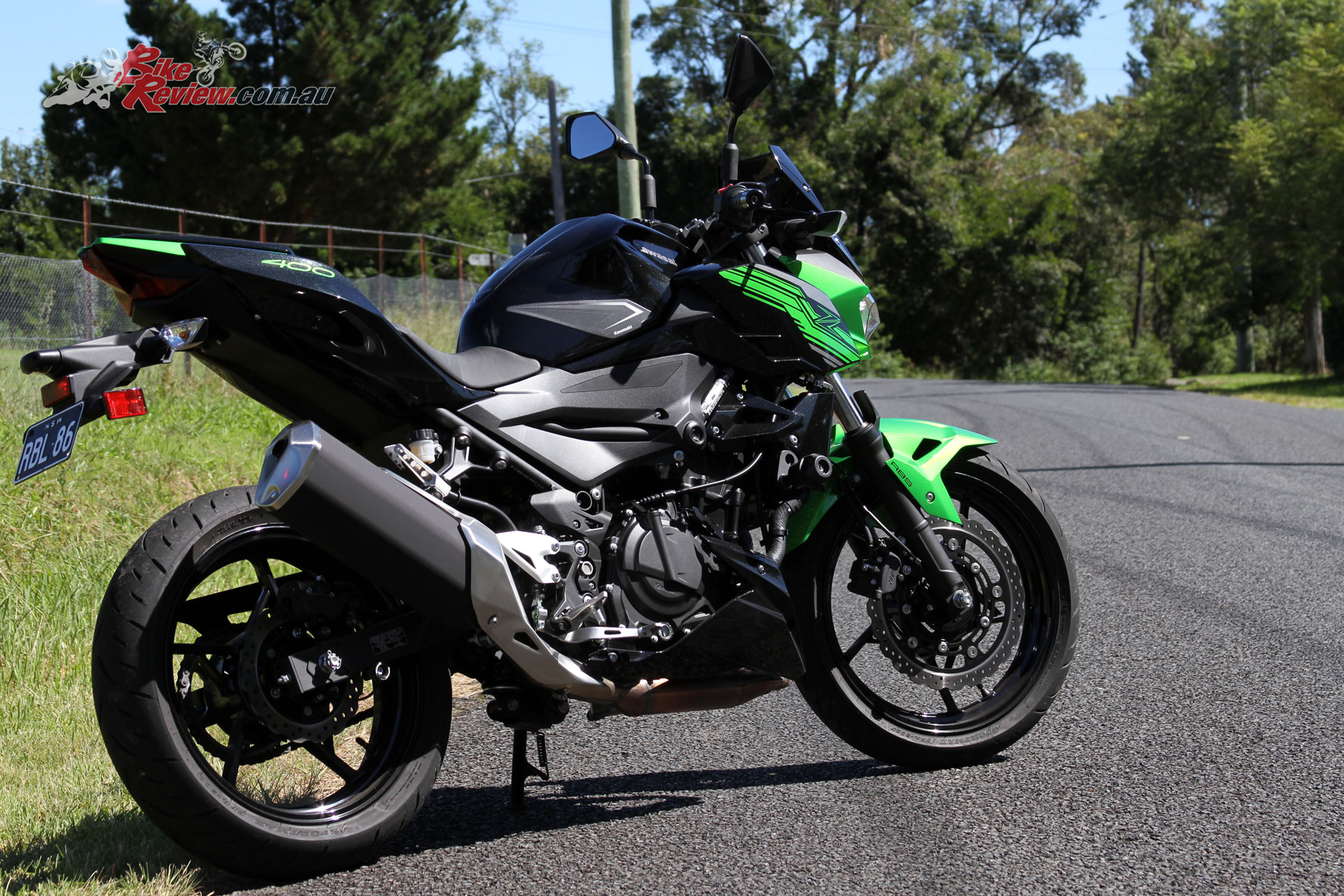 Front brake performance on the Z400 is also a real standout with exceptional power