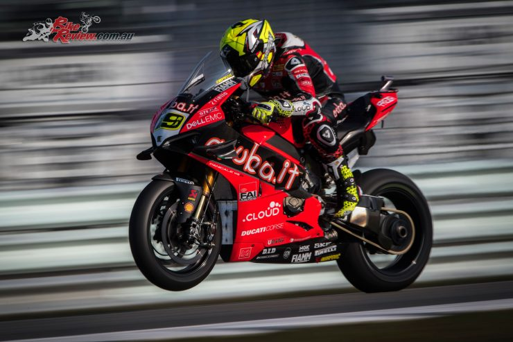 Alvaro Bautista makes it 11 in a row!