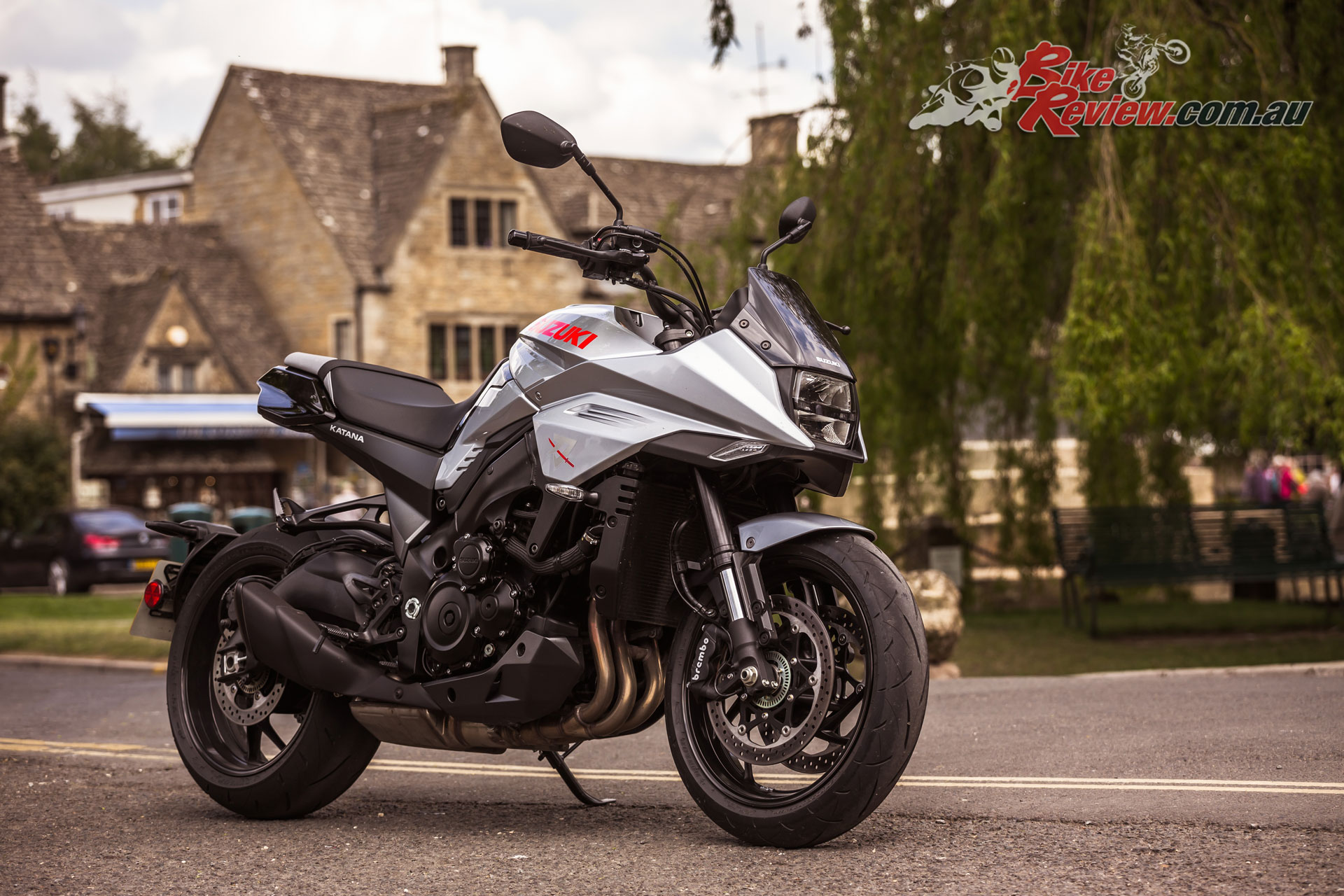 Performance is naturally a match to the GSX-S1000