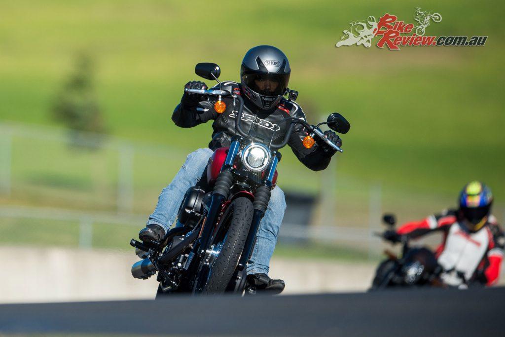2019-Harley-Davidson-Softail-Tour-Street-Bob-LM-084 - Bike ...