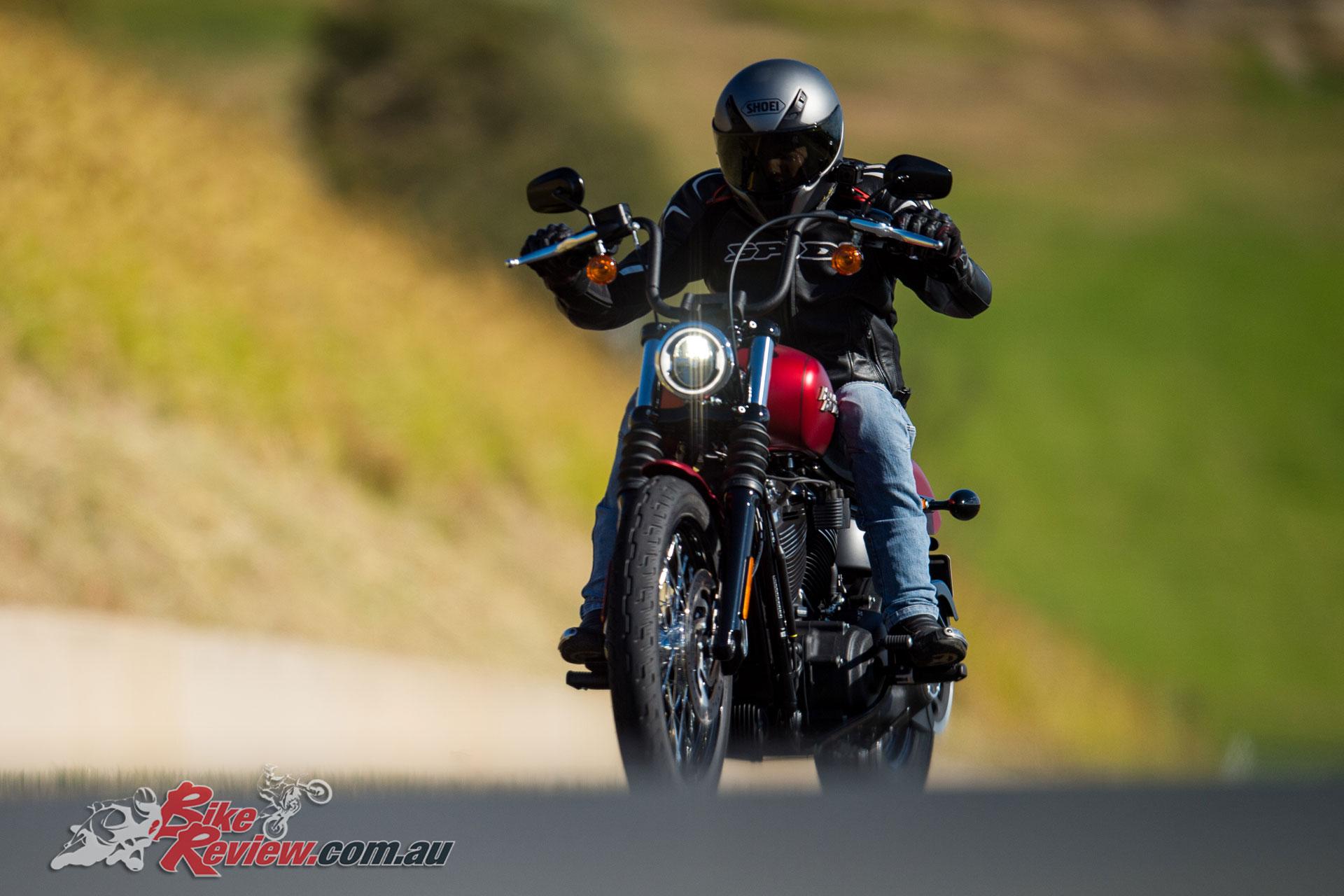 2019 Harley-Davidson Softail Tour - Street Bob
