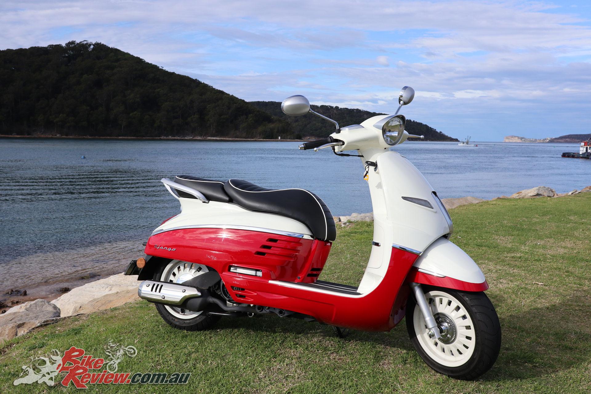 Django Peugeot Scooter
