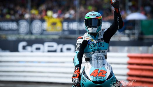 Moto3: Ramirez wins after final lap attack in Silverstone thriller