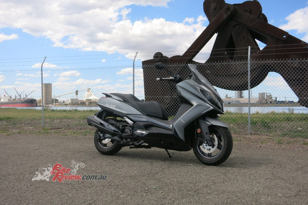 The Kymco Downtown 350i gives the freedom of a Maxi Scooter with the flexibility of a small commuter...