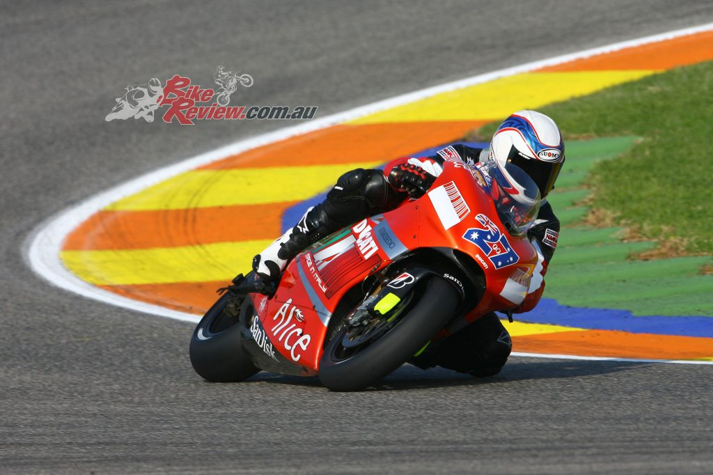 Gardner, Valencia MotoGP Test 2007 on Casey Stoner's Ducati - Rapid Bikes Magazine.The last media test until this year.