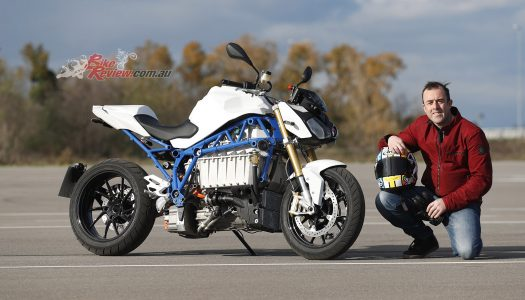 Teaser: BMW E-Power Roadster electric bike, drag race versus S 1000 R…